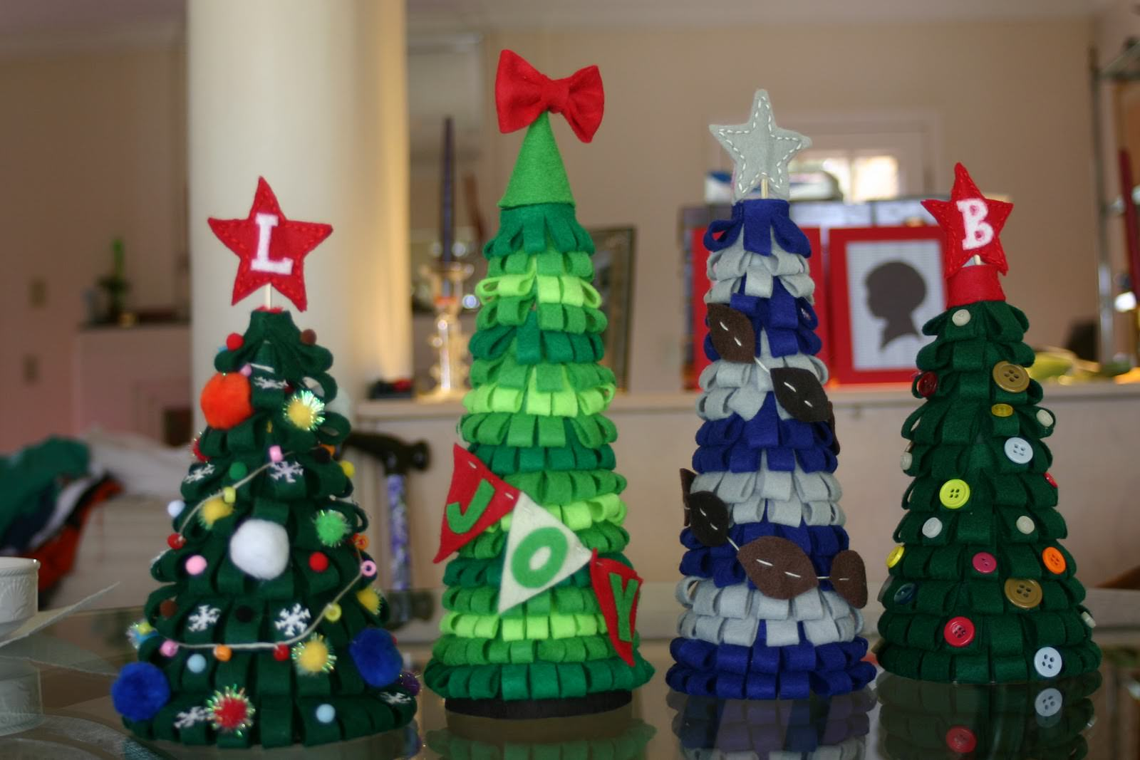 Игрушки на елку из пластиковых бутылок своими руками фото