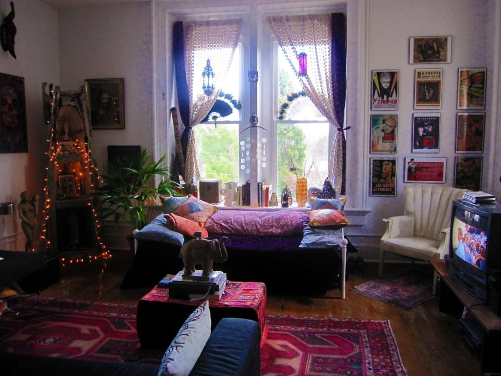 Nyc apartment boho: bohemian apartment in new york. navy key ...