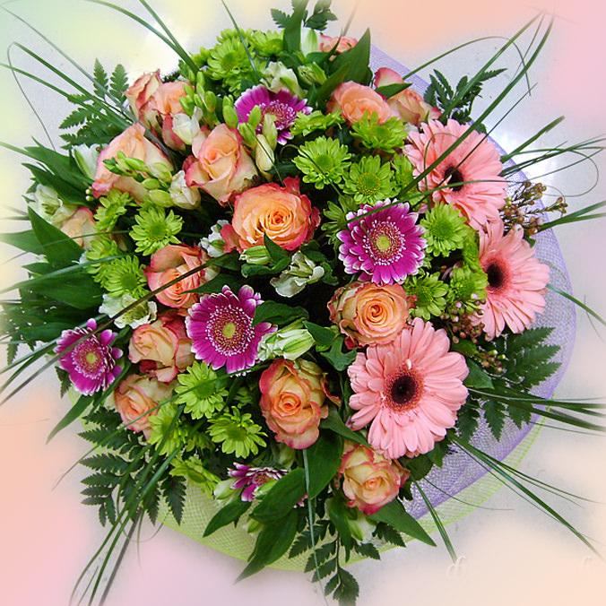 Как сделать букет из живых цветов для невесты своими руками